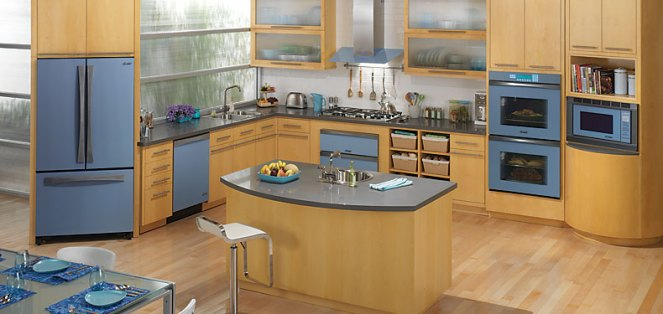 Dacor Preference's floating glass panels come colors such as in Blue Water (pictured) and Slate Green.
