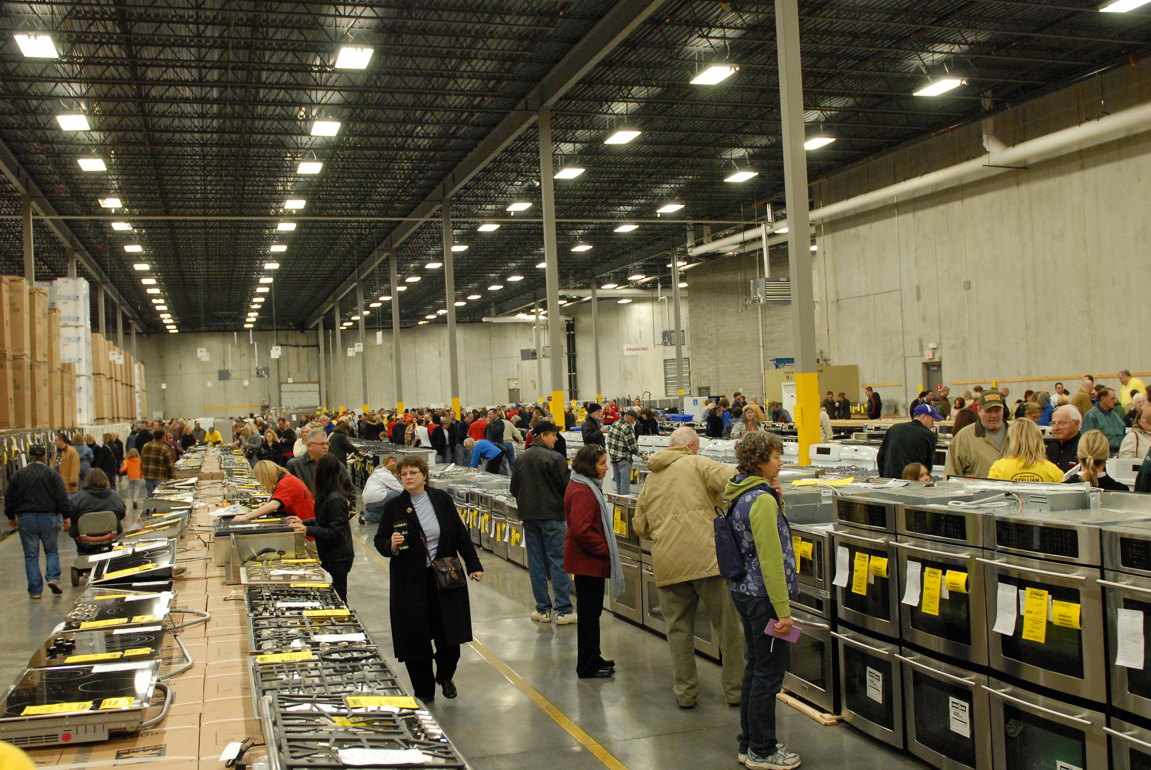 Warners stellian warehouse sale it s baa ack warner for Warners stellian