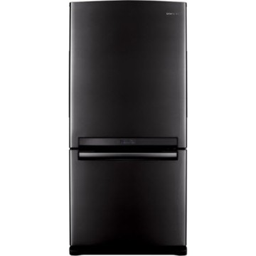 black-refrigerator-cyber-monday